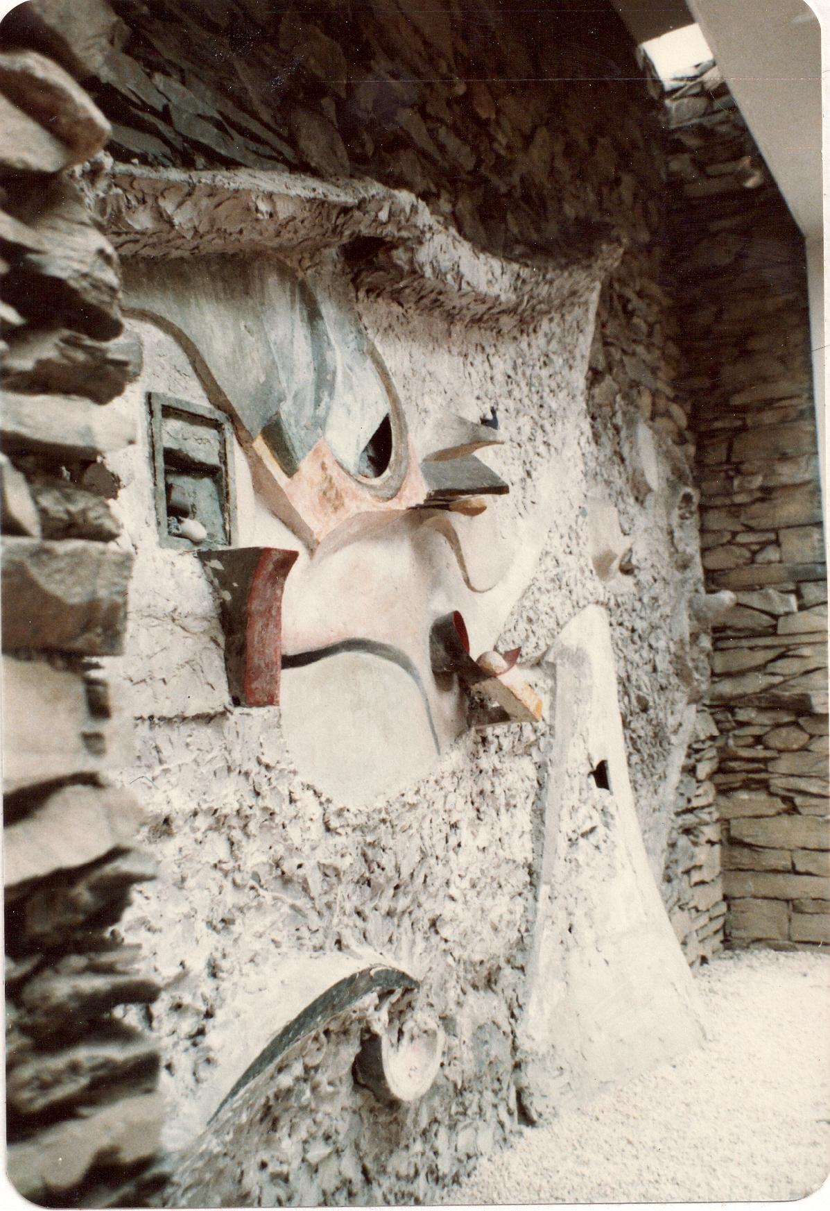 Kurt Schwitters – MerzBarn – Detail 5