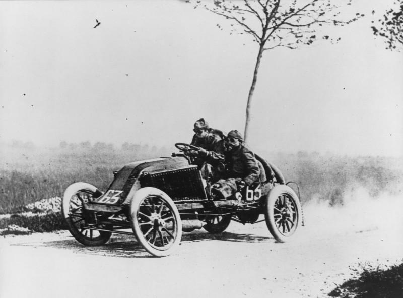 Marcel Renault at Speed! 1903 Paris Madrid Road Race